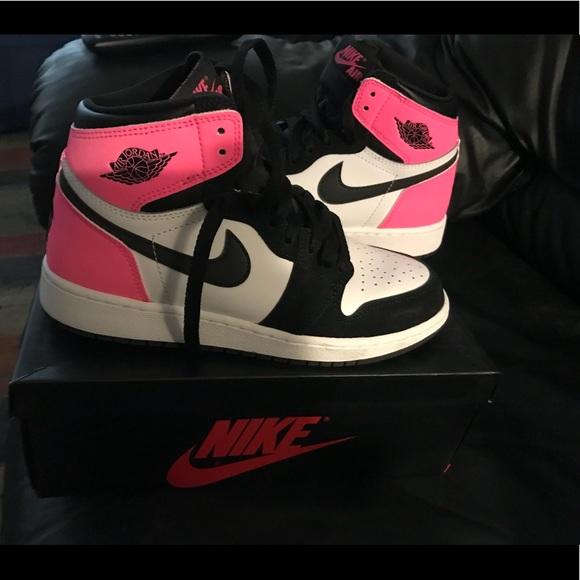 Retro Jordan 1 Hot pink black and white